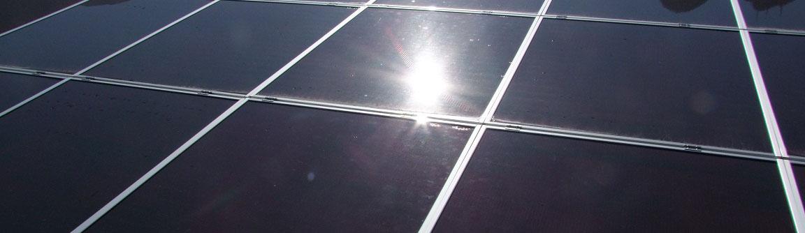 Pannello Solare Per Baita : Pannello solare fotovoltaico w amorfo camper baita barca